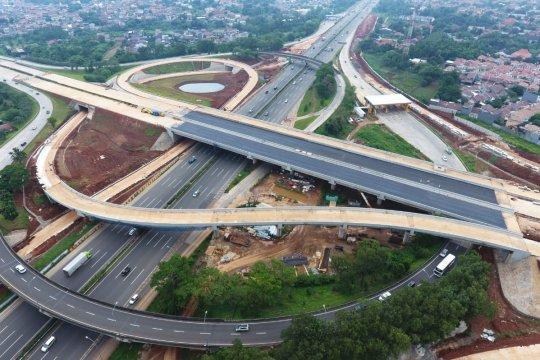 Pakar kritisi jalan tol, prioritaskan pembangunan transportasi massal