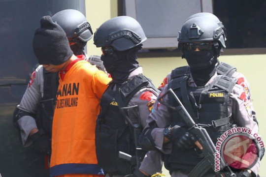 Kemarin, teroris dipindahkan hingga penyekatan wilayah PPKM Darurat