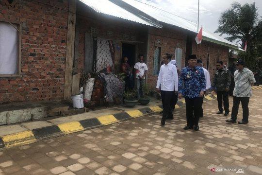 Jokowi janjikan penataan semua kampung nelayan di Indonesia