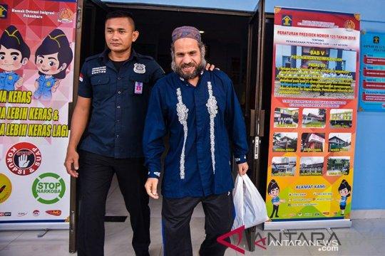 Indonesia deportasi warga Mesir yang jadi pengemis