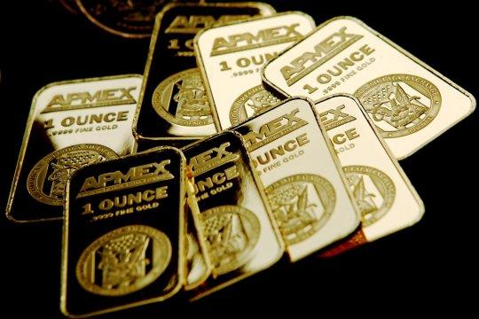 Harga emas anjlok 27,9 dolar, tertekan dolar dan ekuitas AS