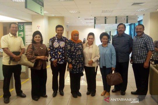 Khofifah-Emil jenguk Ani Yudhoyono