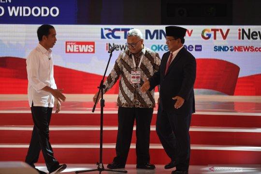 Warga terdampak PLTU Bengkulu nobar debat capres