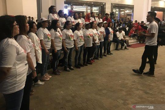 Relawan Pasangan Capres 01 turunkan vocal group ibu-ibu ramaikan debat capres