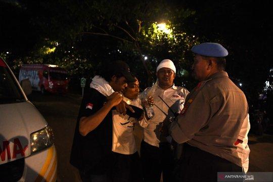 Puluhan polisi barikade lokasi ledakan