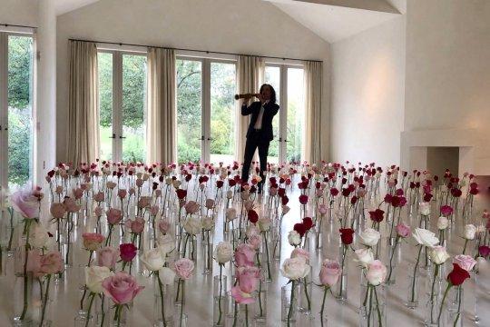 Cerita Kenny G soal penampilannya untuk Kim Kardashian saat Valentine