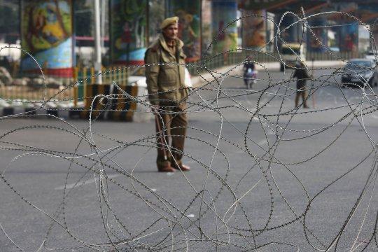 Empat tentara, satu sipil tewas akibat baku tembak di Kashmir