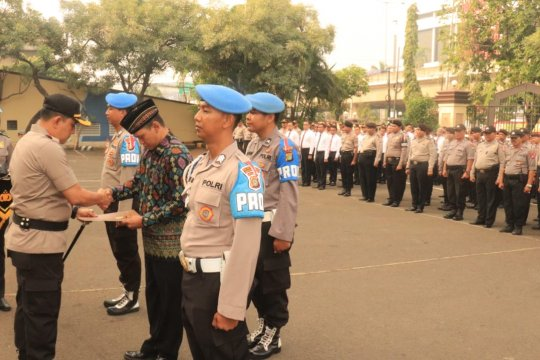 Polres Jakarta Utara pecat enam anggotanya yang terlibat narkoba