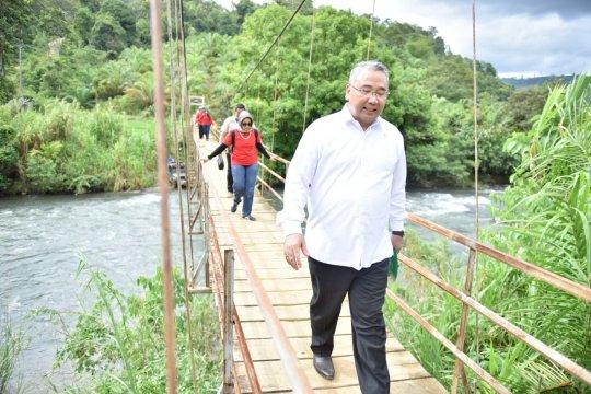Mendes ajak Bupati Seluma berkoordinasi dengan PUPR perbaiki infrastruktur