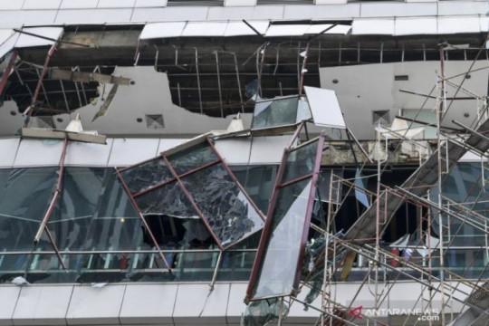 Pemkot Jakbar periksa genset Mal Taman Anggrek yang  meledak