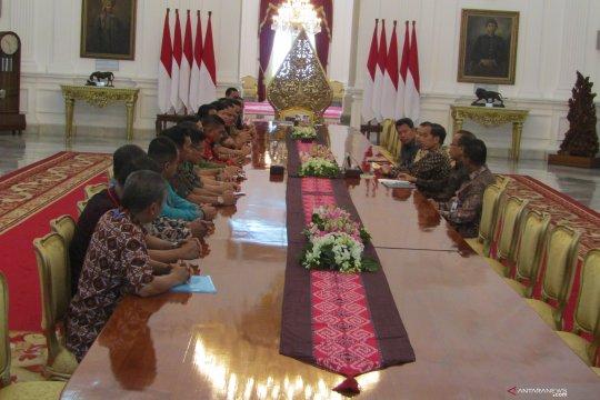 Presiden terima perwakilan pekerja perkebunan di Istana