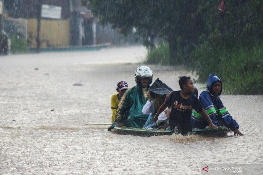 BMKG ingatkan potensi bencana hidrometeorologi di seluruh Indonesia