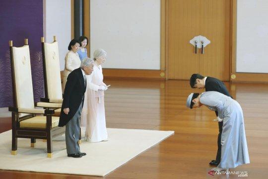 """Kaisar Akihito minta Jepang bangun hubungan """"tulus"""" dengan dunia"""