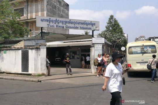Menyambangi Penjara S-21, melongok tengara masa kelam Kamboja