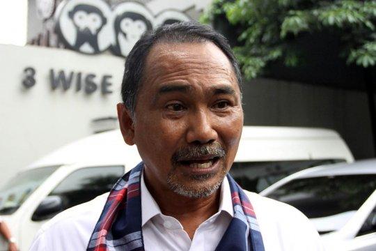 Rizal Mallarangeng ingatkan Bamsoet mampu menahan diri