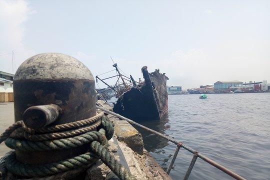 Gelar perkara kebakaran kapal Muara Baru tunggu hasil pemeriksaan forensik