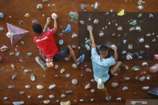 Latihan boulder pelatnas panjat tebing