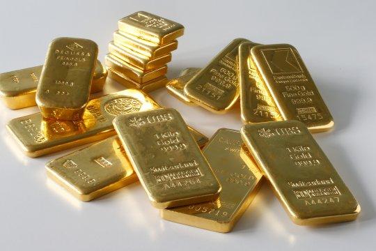 Harga emas jatuh hingga 14,1 dolar, tertekan kenaikan ekuitas AS