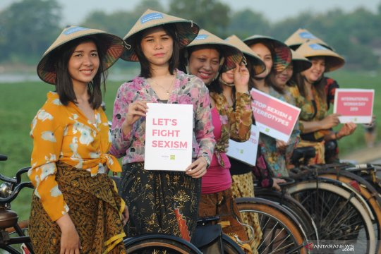 Aksi emansipasi wanita