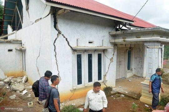 Pemerintah akan perbaiki rumah rusak akibat gempa di Solok Selatan
