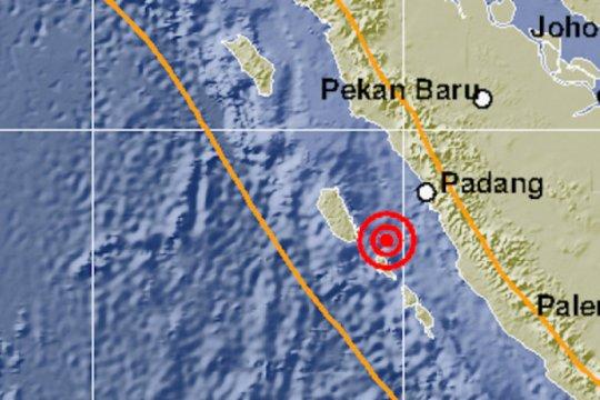 Mentawai diguncang dua kali gempa bermagnitudo di atas 5