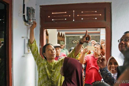 1.000 keluarga di Jepara peroleh sambungan listrik gratis