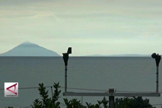 Kaki Anak Krakatau dipasangi alat pemantau baru