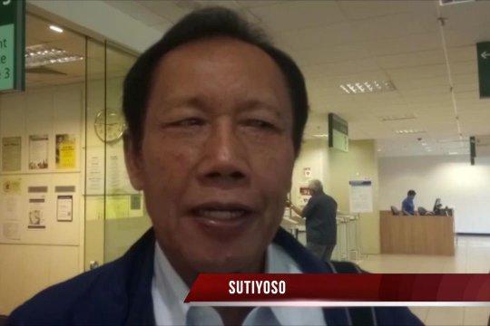 Sutiyoso jenguk Ani Yudhoyono