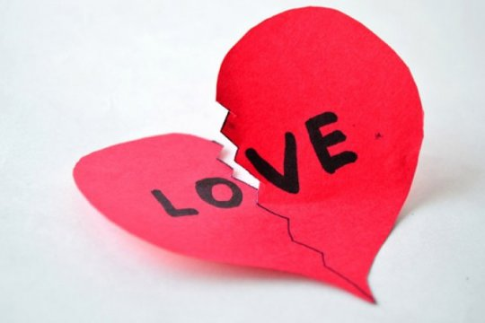 Studi terbaru buktikan putus cinta tidak sebabkan berat badan naik