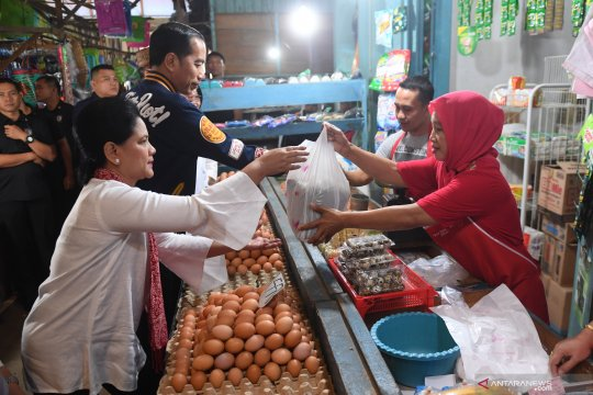 Pedagang bakulan di NTB dukung Jokowi-Ma