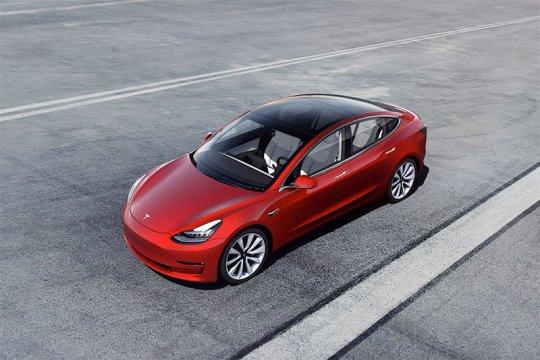 Tesla Model 3 berharga 35.000 dolar sekarang tersedia