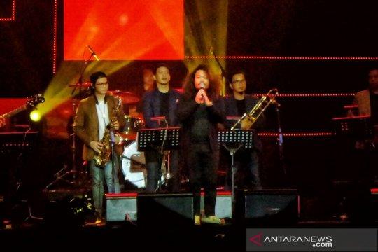 Payung Teduh - Pusakata kolaborasi garap lagu Dian Pramana Poetra