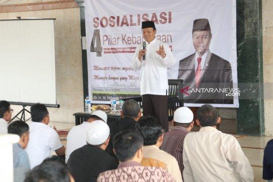 Hidayat Nur Wahid tegaskan demokrasi bukan bid'ah