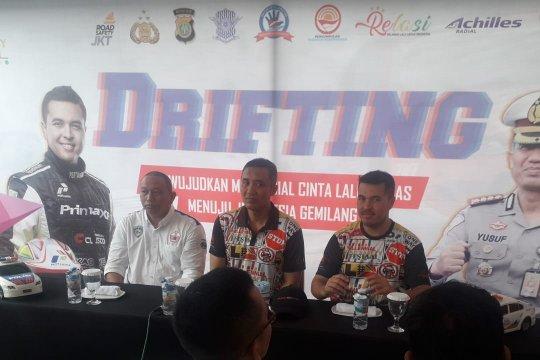 "Rifat Sungkar ajarkan ""drifting"" di Millenial Road Safety Festival 2019"
