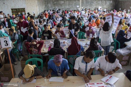 KPU Solok Selatan temukan 4.235 surat suara rusak