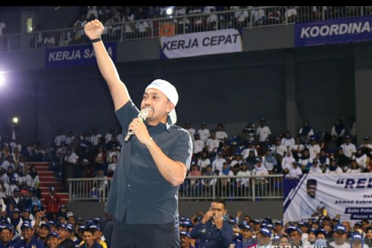 Ribuan relawan siap raih 300.000 suara untuk caleg NasDem ini
