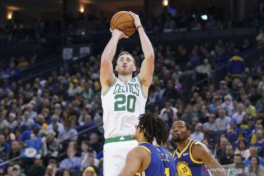 Celtics pecundangi Warriors di Oracle Arena