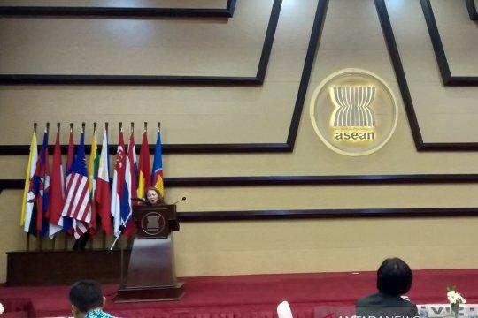 Utusan Malaysia: pernikahan anak berakar pada diskriminasi gender