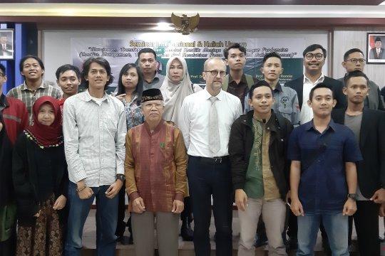 Pakar dari Inggris sebut penanganan konflik di Indonesia kian baik