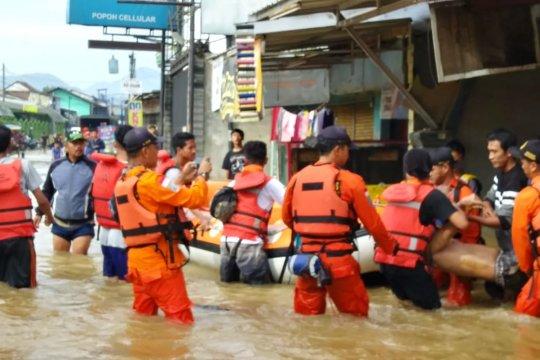 1.800 warga Kabupaten Bandung mengungsi akibat banjir