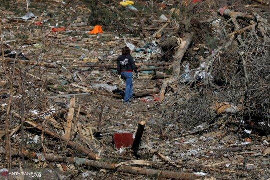 Sedikitnya 5 orang tewas saat tornado menghantam Alabama
