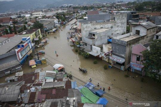 Banjir di Bandung, Pertamina pastikan penyaluran BBM dan elpiji aman