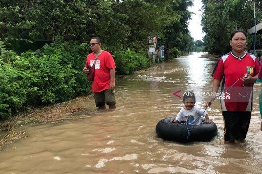 Di 15 kabupaten Jatim, 12.495 KK terdampak banjir, data BNPB