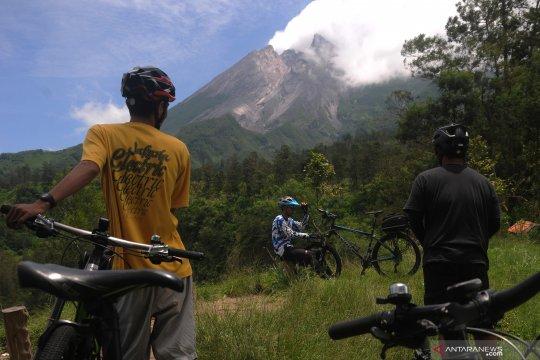 Wisata pemandangan Merapi