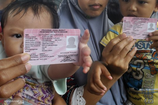 Dispendukcapil Ambon cetak 4.325 kartu identitas anak