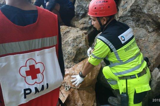 JRBM bantu evakuasi korban tambang longsor