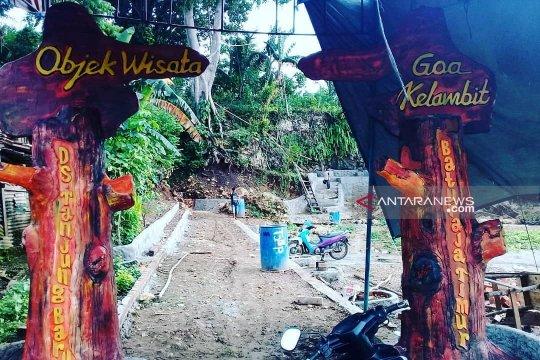 Pemerintah desa bangun sarana prasarana Goa Kelambit