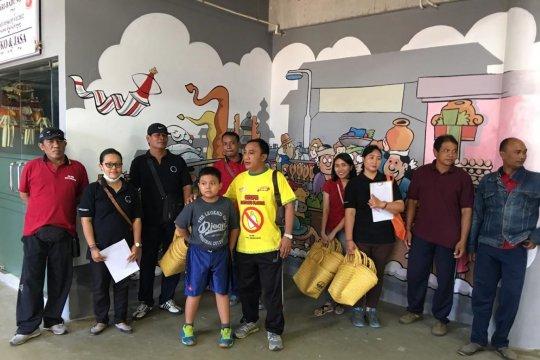 DLHK Denpasar bagikan 100 tas ramah lingkungan