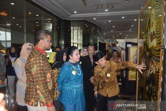 "Komunitas ""Indonesia Tersenyum"" gelar lomba pelukis jalanan"
