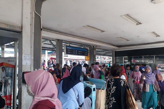 Perjalanan KRL dari Stasiun Depok belum normal